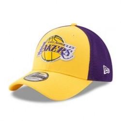 design intemporel fd3fe ea1b2 Casquette NBA 17 ONC Los Angeles Lakers New Era 39Thirty Trucker Style