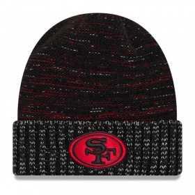 11461023_Bonnet NFL sans pompon San Francisco 49ers On Field 2017 New Era Knit Rush Noir
