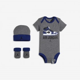 LJ0022-GEH_set Body chausson et bonnet Jordan Game changer Gris pour bébé