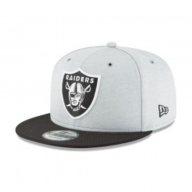 11762523_Casquette NFL Oakland Raiders New Era 2018 Sideline Home 9Fifty Snapback gris