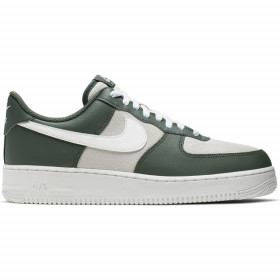 CI0056-300_Chaussure Nike Air Force 1 '07 LV8 3 Vertpour homme