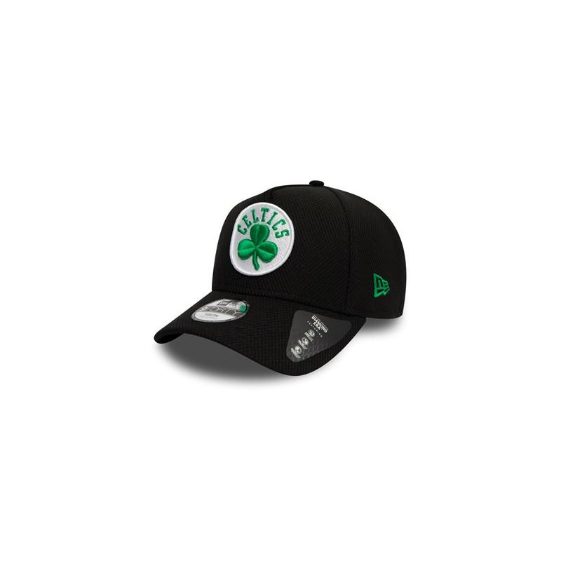 12145394_Casquette NBA Boston Celtics New Era Black Base Trucker Noir pour enfant