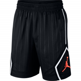 CD4908-010_Short de Basketball Jordan Diamond 20 Basketball Noir