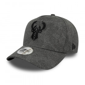 12287052_Casquette NBA Milwaukee Bucks New Era Engineered Plus Trucker Gris