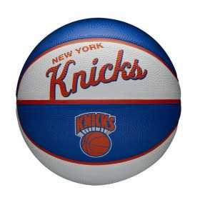 Mini Ballon de Basketball NBA New York Knicks Wilson Team Retro Exterieur