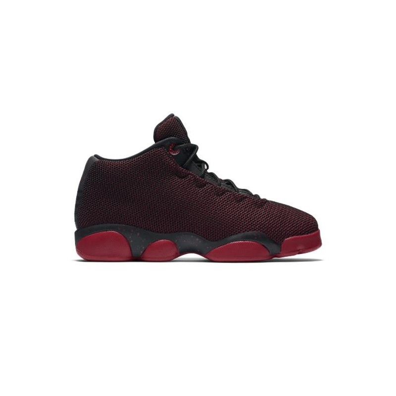 chaussure de basketball jordan horizon low noir rouge pour enfants. Black Bedroom Furniture Sets. Home Design Ideas