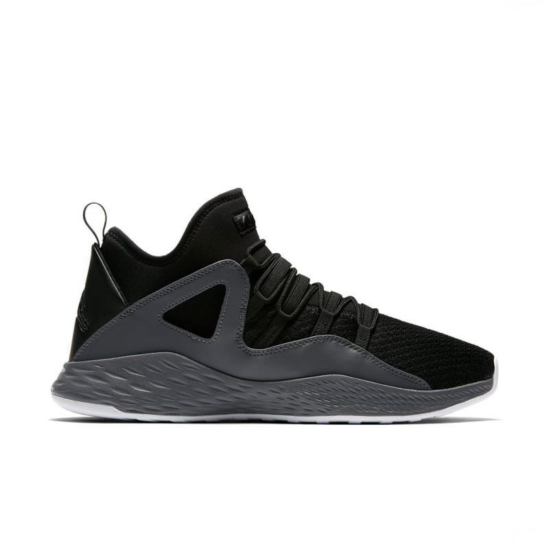 new style 11d97 c74b3 Nike Air Jordan Formule 23 Chaussures de Sport Homme 881465 Baskets 021  Articles de basketball